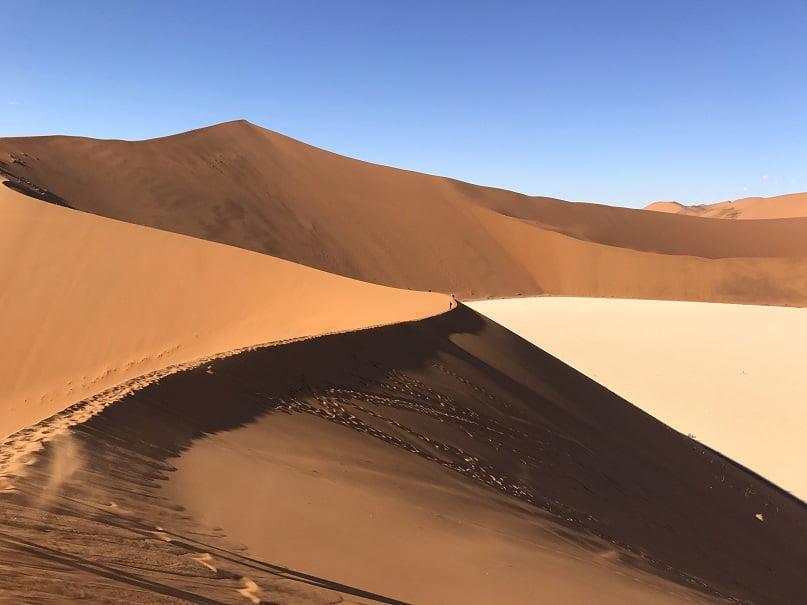 A duna Big Daddy, em Sossusvlei (Viagem fotográfica pela Namíbia por Carioca NoMundo)