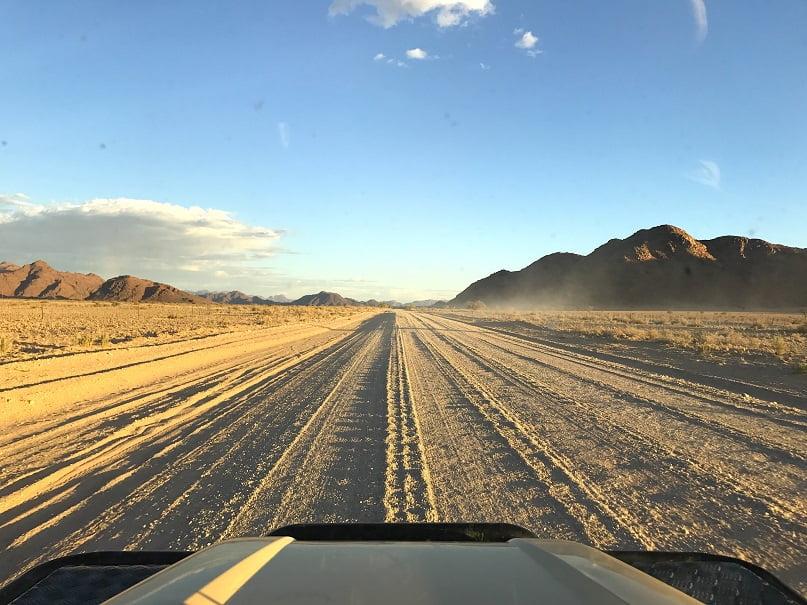 De 4 x 4 nas estradas da região de Erongo (Viagem fotográfica pela Namíbia por Carioca NoMundo)