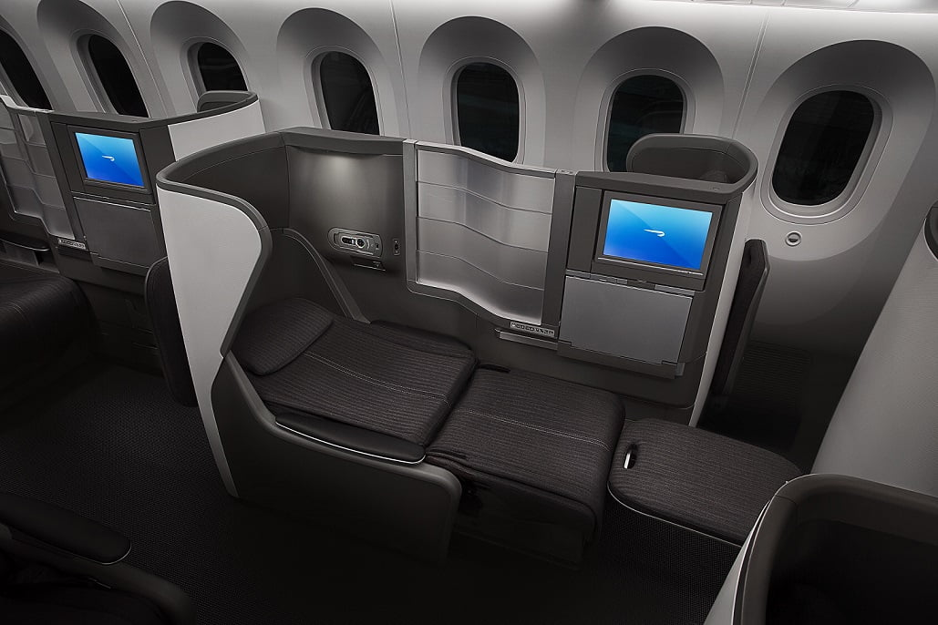 A poltrona que vira cama na classe executiva do 787-8 da British Airways