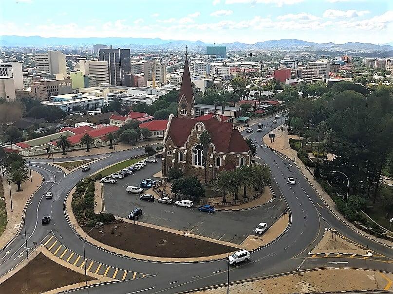 A Igreja de Cristo, em Windhoek (Turismo na Namíbia por Carioca NoMundo)