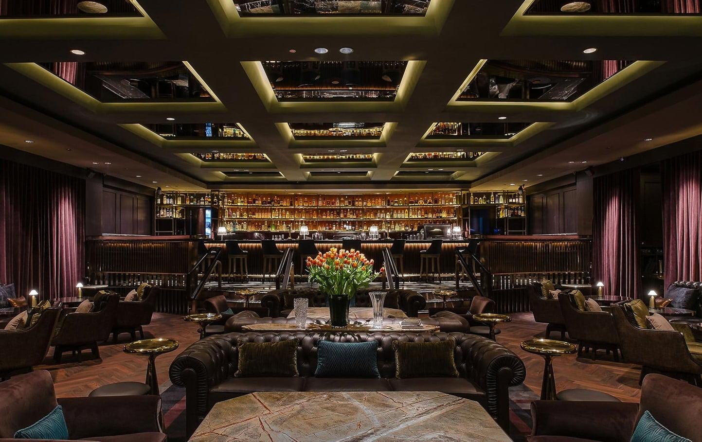 O Manhattan, em Cingapura: sétimo entre os melhores bares do mundo