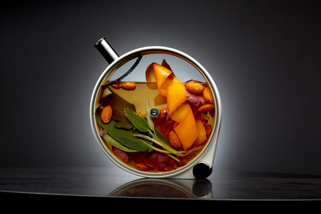 Os novos bares do Mandarin Oriental de Nova York: drinques com cara de experimento científico