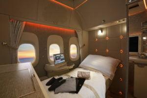 Suite da nova primeira classe da Emirates no Boeing 777