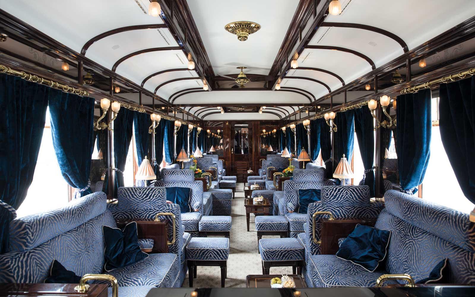 Viagem no trem de luxo Orient-Express: o vagão-bar com decoração art déco