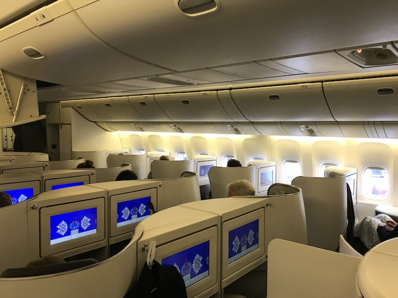 Como é voar na executiva do B777-200 da Air France, por Carioca NoMundo