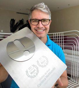 Carioca NoMundo é TOP 3 no Prêmio iBest